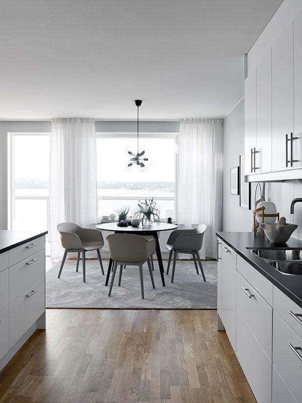 Un vestito grigio per la casa - Interior Break