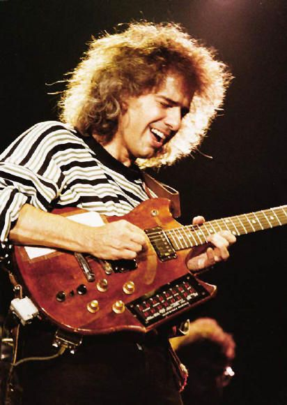 Pat Metheny & early Roland G303