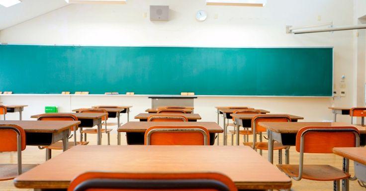 """Escola partidária ou escolha do trabalhador? Greve """"racha"""" pais de alunos"""