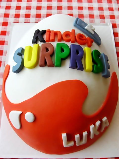 Kinder Surprise Cake. my daughter is obbessed with kinder surprise, and that's my son's name! So I had to pin it.