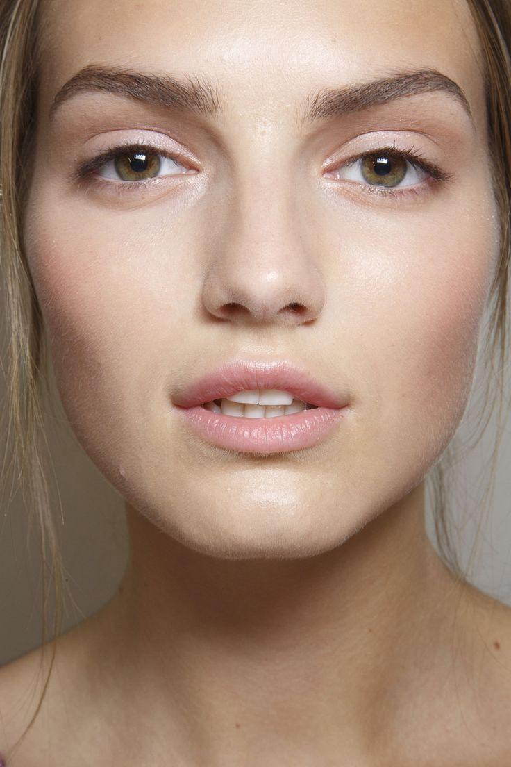 Gorgeous arched brows at Valentino