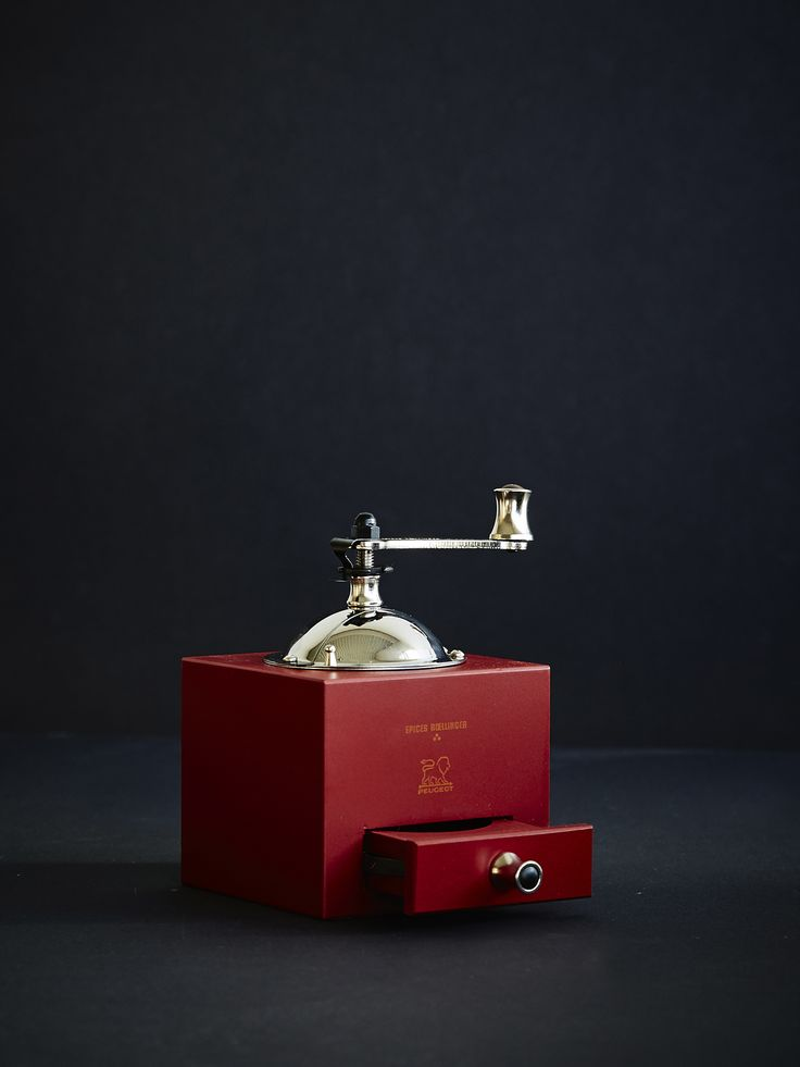 Sophisticated Spice Grinder from Peugeot, design by Sylvie Amar.