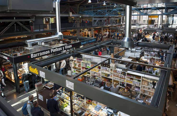 At Mathallen Oslo you can find specialty shops, cafés, and great places to eat.