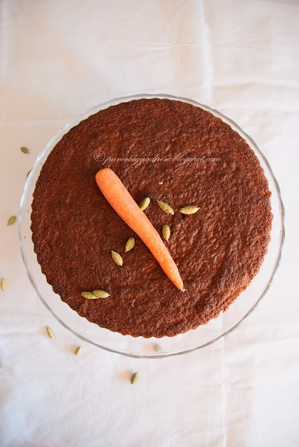 Torta di carote al cardamomo  Carrot cake with cardamom