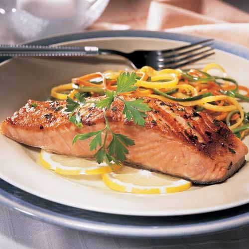 Pan-Seared Salmon with Julienne Vegetables - The Pampered Chef®  www.pamperedchef.biz/carolallen