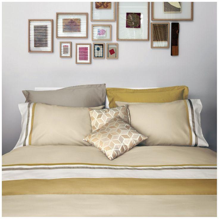 Completo copripiumino #Oro e Sabbia... massima eleganza in raso di cotone! #Fazzini #madeinitaly #gold and #grey #bedroom