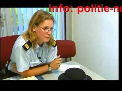 dronken vrouw bedreigt politie Zandvoort / Strandpolitie seizoen 1