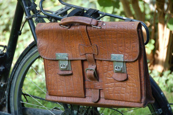 Fahrradtasche Leder - Vintage-Aktenmappe Opa Werner - bei DaWanda