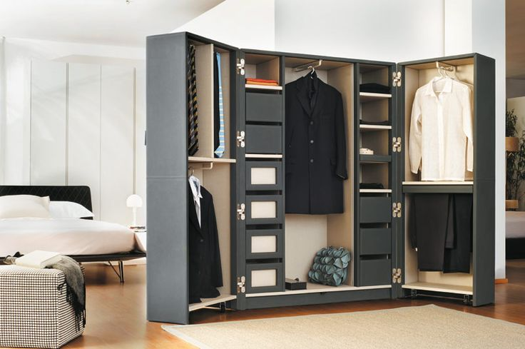 #Urban Trunk #wardrobe for traveling with style #urbanwardrobes