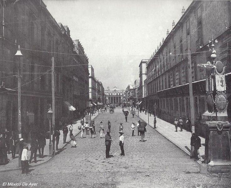 Calle 5 de Mayo, Centro Historico de Mexico