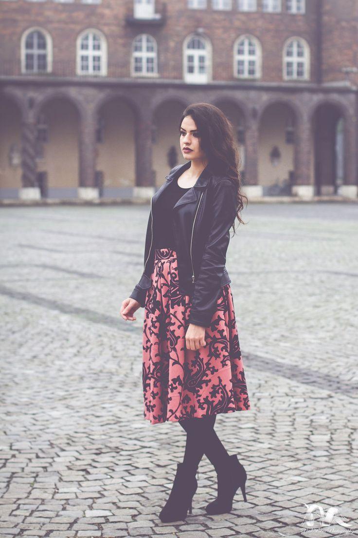 https://flic.kr/p/V23ZGK | Untitled | Facebook   Instagram   Photographer: Petra Horváth Model: Anett Mihály MUA: Lilla Bús Szeged, Hungary 2016