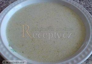 Česnekovo-sýrová krémová polévka