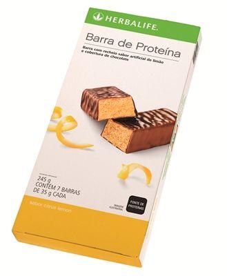 Barras de Proteína da #Herbalife  Formuladas com proteínas de alto valor biológico.  Excelente opção de lanche saudável ou para momentos de desejo por doces já que são cobertas por chocolate.  Ajudam a reduzir os picos de fome entre as refeições. Contém cerca de 10 g de proteínas de alto valor biológico. Cada barra possui aproximadamente 140 calorias. Alimento fácil de transportar que pode ser consumido em qualquer lugar. ### www.focoemvidasaudavel.com.br ###