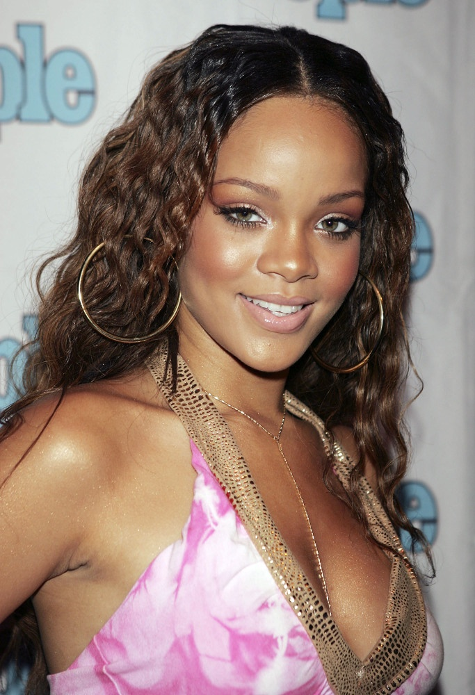 Rihanna 2005 Nails Tattoos Hair Makeup Pinterest