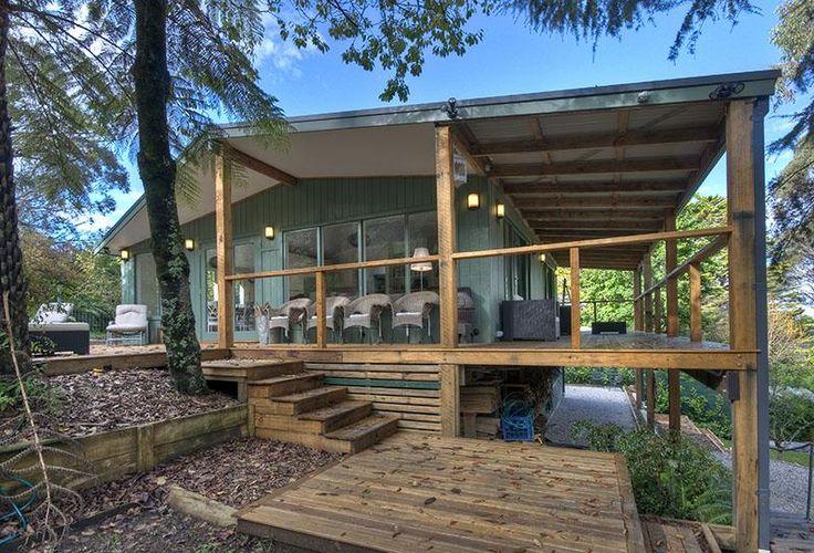 Ribbon Gum Lodge   Katoomba, NSW   Accommodation