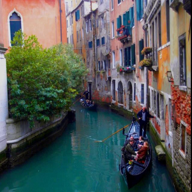 Venecia.... en góndola.... ¿qué tal para el 2014?