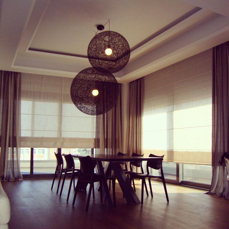 apartment interior design / BONALDO big table/ MOOOI Random light / shades