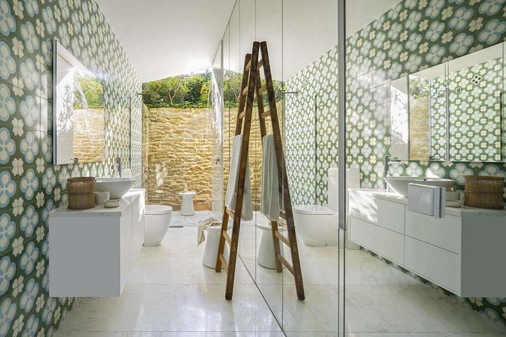 Gorgeous summer house blurs indoor-outdoor boundaries in Mallorca