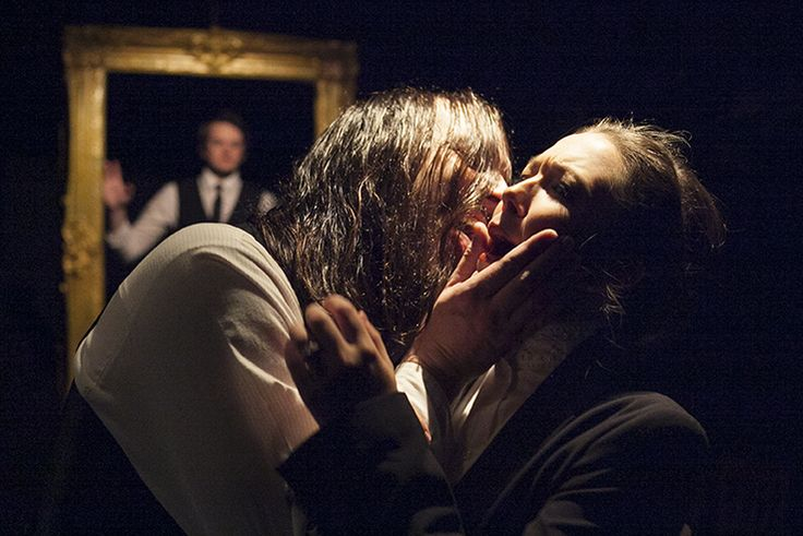 Jekyll & Hyde production shot. Adapted by Adam Dechanel, Directed and Produced by Simon James Collier with Movement Direction from Omar F. Okai. Lion & Unicorn Theatre, London, 2014
