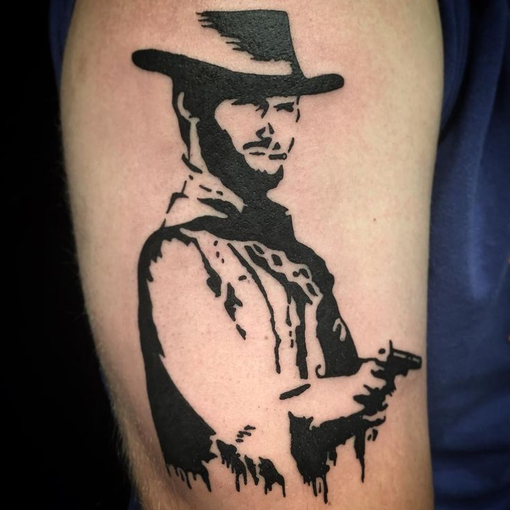 Clinter'n #tattooapprentice #leadinglightbergen #tohelltattoo #clinteastwood #clinteastwoodtattoo #stencil #stenciltattoo #tattoo #ink #cowboy #hat #gun #cowboytattoo #blackwork