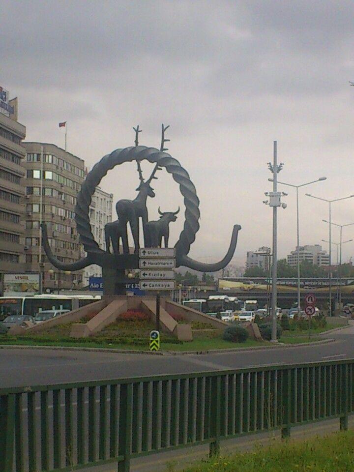 Kızılay Meydanı şu şehirde: Çankaya, Ankara