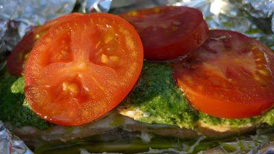 Polskie South Beach: Łosoś z pesto i pomidorami