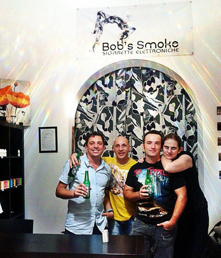 Facce da Bob's Smoke Sigarette Elettroniche a Pozzallo