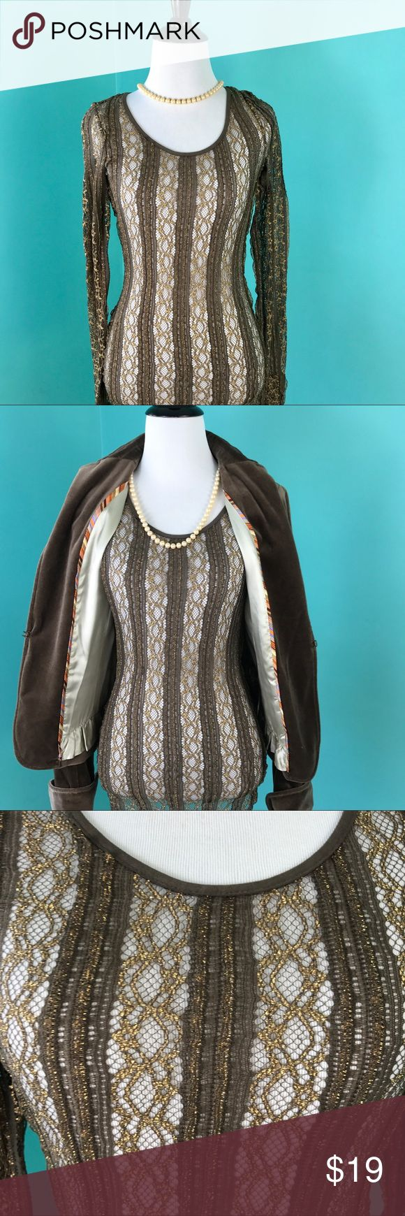 """BKE Boutique Lace Top Brown Gold Metallic Sz Small BKE Boutique Lace Women's Top Long Sleeves Brown Gold Metallic Sz Small Excellent condition.   Made in Canada Size Small Measurements: Armpit-to-armpit: 15"""" Length: 27"""" Sleeves length: 28"""" BKE Tops"""