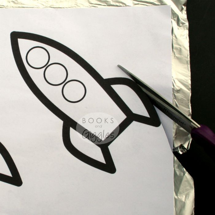 How to Make an Easy Kids' Rocket Craft that SHINES