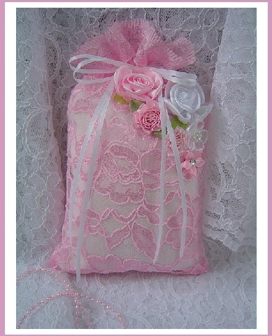 Lavender & Lace Sachet- by Traders of the Lost Art 1