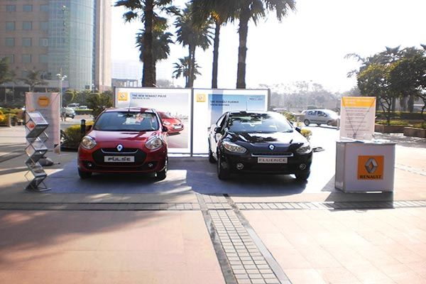 Outdoor Brand Activation for Renault. Visit us to know more http://www.expodisplayservice.ae/