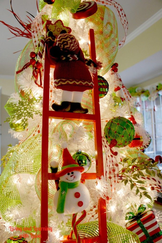 Red Elf Ladder for the Xmas tree!