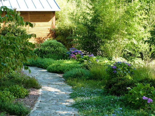 des hortensias pour les zones d 39 ombre dans un jardin breton bord de mer jardin by landscapes. Black Bedroom Furniture Sets. Home Design Ideas