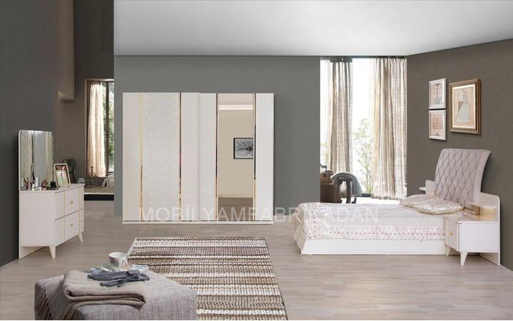 Klasik ve modern tarzı beraber sevenler için özel olarak üretilmiş olan takımımız   inegöl mobilya mağazlarında sizleri bekliyor. #mobilya #inegöl #tasarım #modern #yaşam