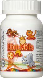 A Lion Kids C ízletes, szétrágható, fogbarát készítmény, melyet kifejezetten gyermekek számára fejlesztettünk ki. Nem tartalmaz cukrot, a benne található természetes édesítő, a xilit csökkenti a fogszuvasodás kialakulásának kockázatát, támogatja a gyermekek egészséges fogazatának fejlődését.