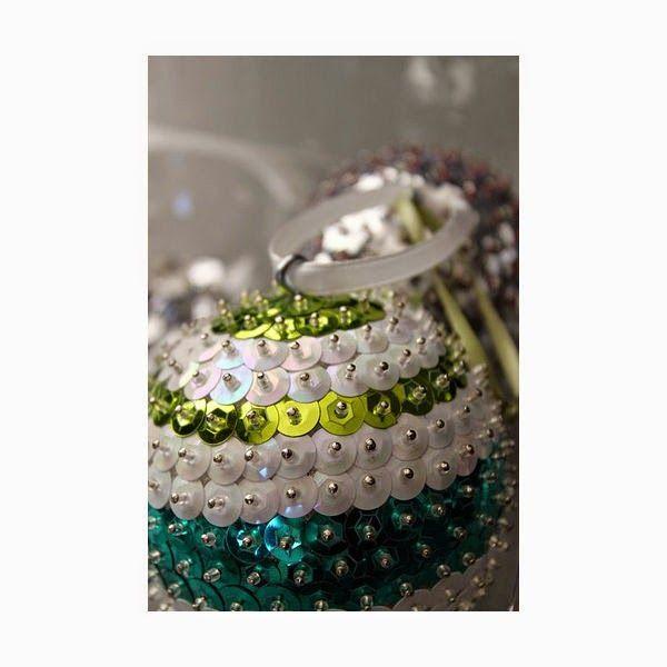 M s de 25 ideas incre bles sobre como hacer esferas - Como hacer decoraciones navidenas ...