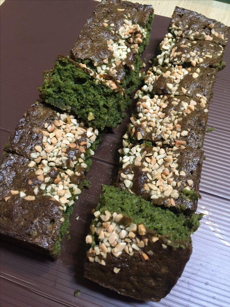 Greentea almond brownies
