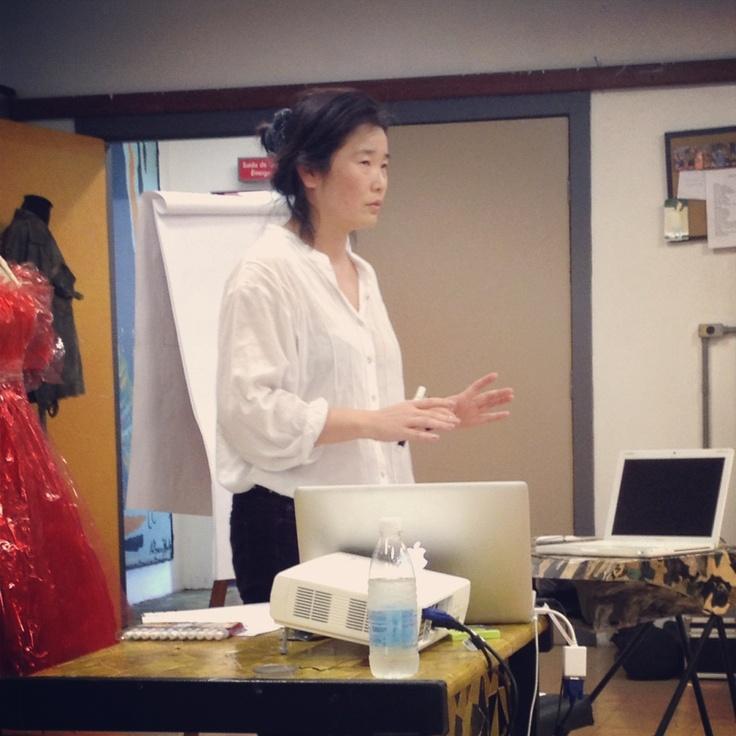 2012 Criativos Dissonantes  Lab 3 Suzy Okamoto: Dupla Face: Tensões e Convergências entre Moda e Arte Contemporânea