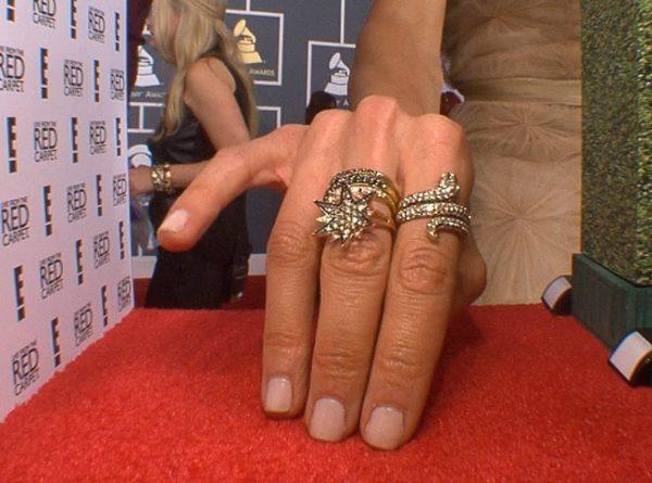 Giuliana Rancic's Grammy nails 2013