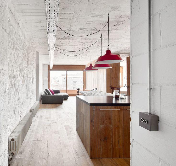 Soto-Lay Architects, José Hevia, Dani Puig · Renovation of an Apartment in Barcelona