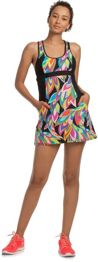 Tennis Dress, Tennis Fashion Women trendy Tennis Outfits for her, Tennismode, sportliche Mode fürs Tennisspielen.