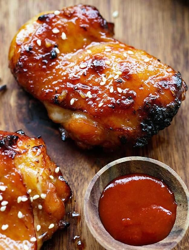 sriracha chicken recipes | 15 Sriracha Recipes To Spice Up Your Life, check it out at http://homemaderecipes.com/sriracha-recipes/