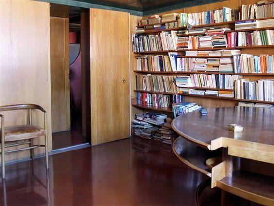 Casa Scatturin / Venezia - Residence of Scatturin, Carlo Scarpa's  attorney, for whom he did the interior design.: