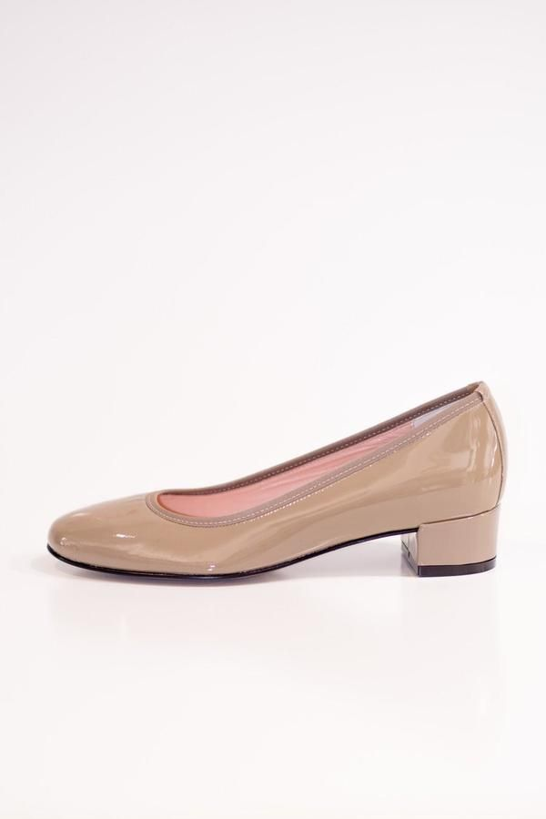 Lady Doc Patent Taupe Court Shoe