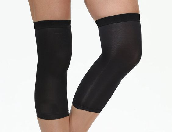 Xtreme '00' Copper Compression is a registered product with 88% Copper Infused fabric for Knee, Ankle, Elbow and Calf Sleeves. Provides a very comfortable and gentle recovery to sore and aching muscles. A soft and contoured fit with gentle compression to targeted areas. Highest content of Copper infused Fabric available of any copper compression sleeves on the market today. Compare the content of our products with others and see the difference in the content of Copper! Now you have a Choice!