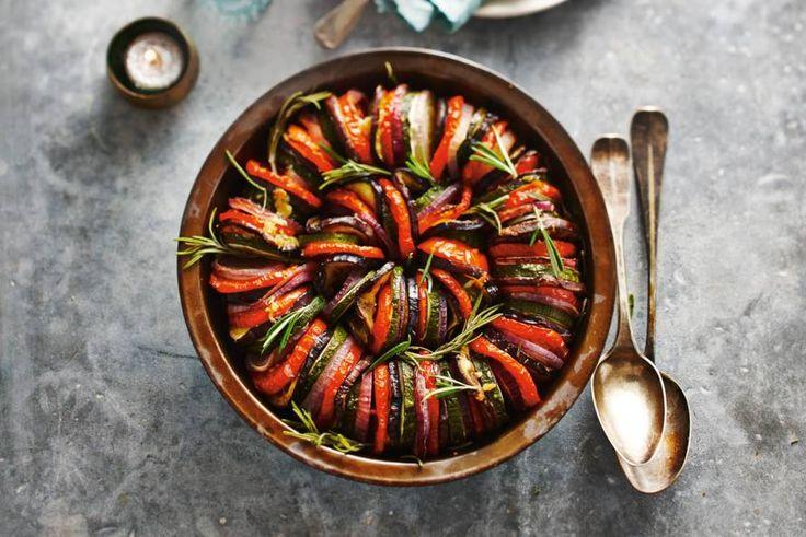 Kijk wat een lekker recept ik heb gevonden op Allerhande! Ovenschotel mediterrane groenten