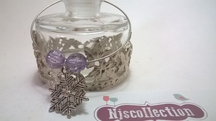 Bottle Charms with Snowflakes - Wine Bottle Charms - Christmas Snowflakes by NJscollection on Etsy