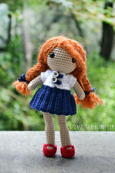 Amigurumi doll - back to school with wool - (inspiration)besenseless.blogspot.com