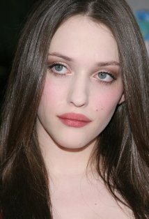 Kat Dennings - really like her make-up in this photo. So simple...and I envy the way her lips are always red.