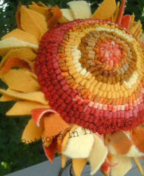 Rug Hooked 'Fiesta' Sunflower ~~ Primitive Home Decor ~~ FAAP ~~ OFG Team ~~ Cottage Chic ~~ Primitive Fall